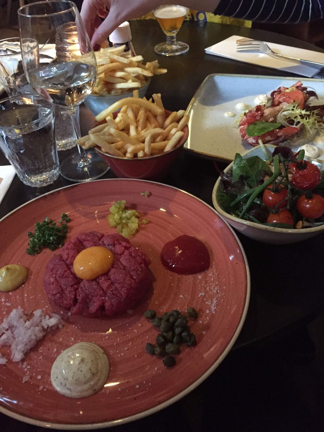 Steak tartare in Vondelpark, Amsterdam