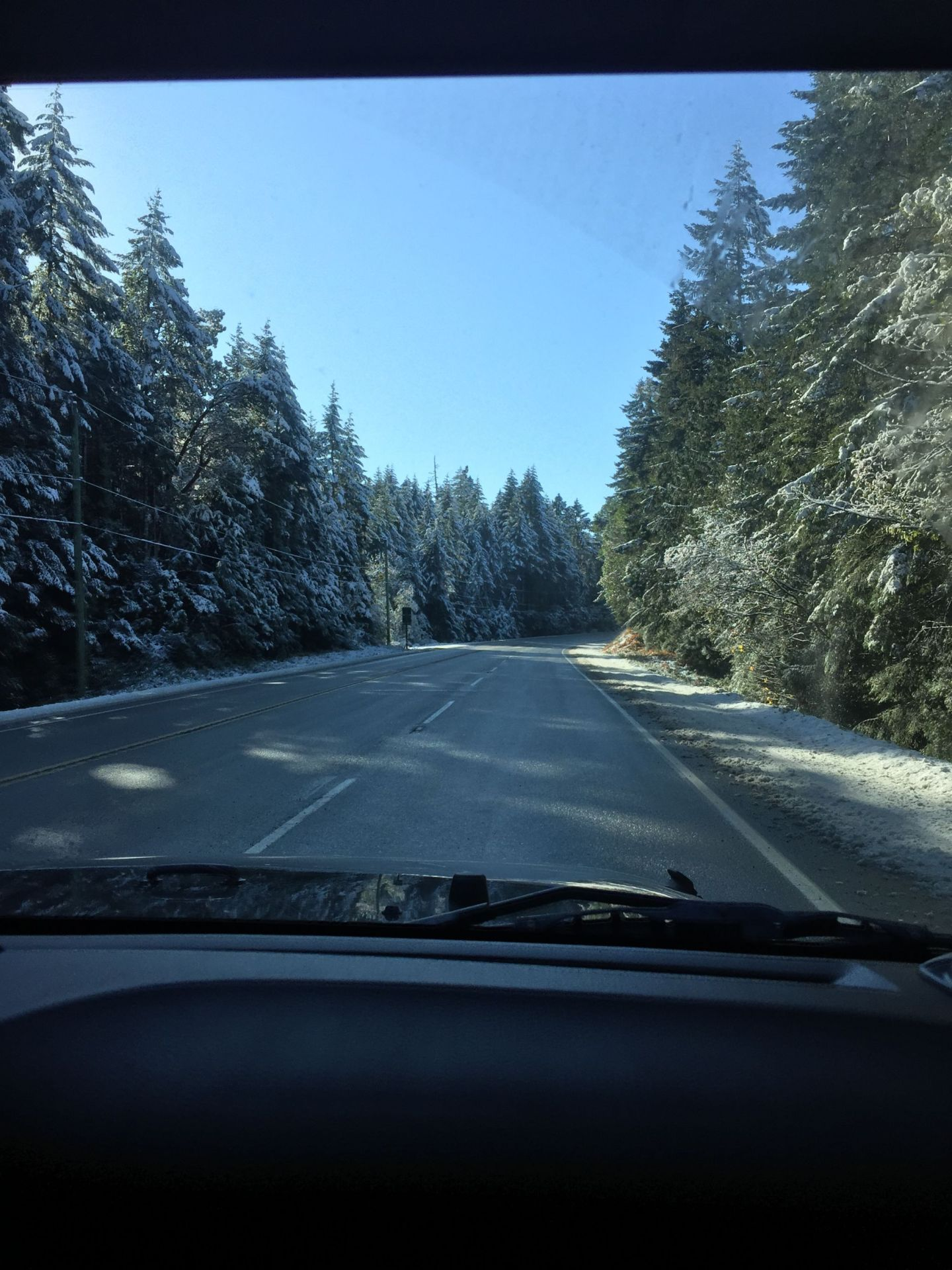 Driving to Ucluelet, Vancouver Island