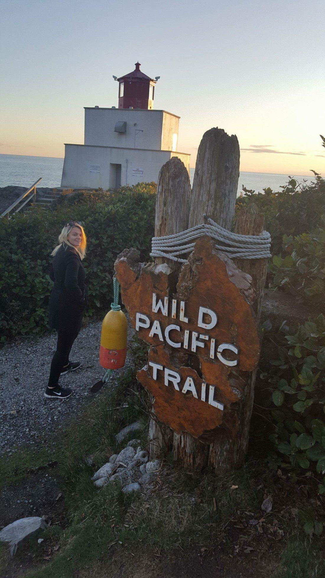Laura at the Wild Pacific Trail, Ucluelet