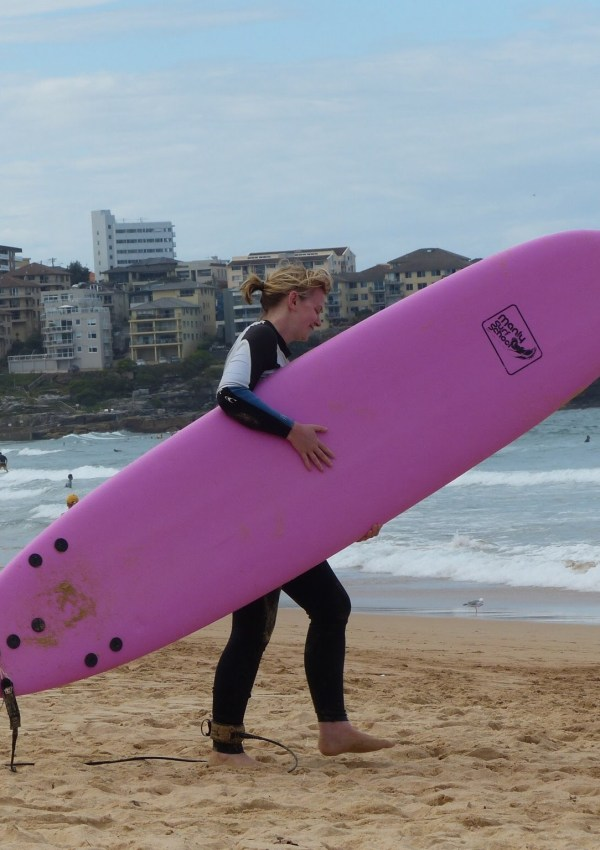 Laura surfing in Manly, Sydney