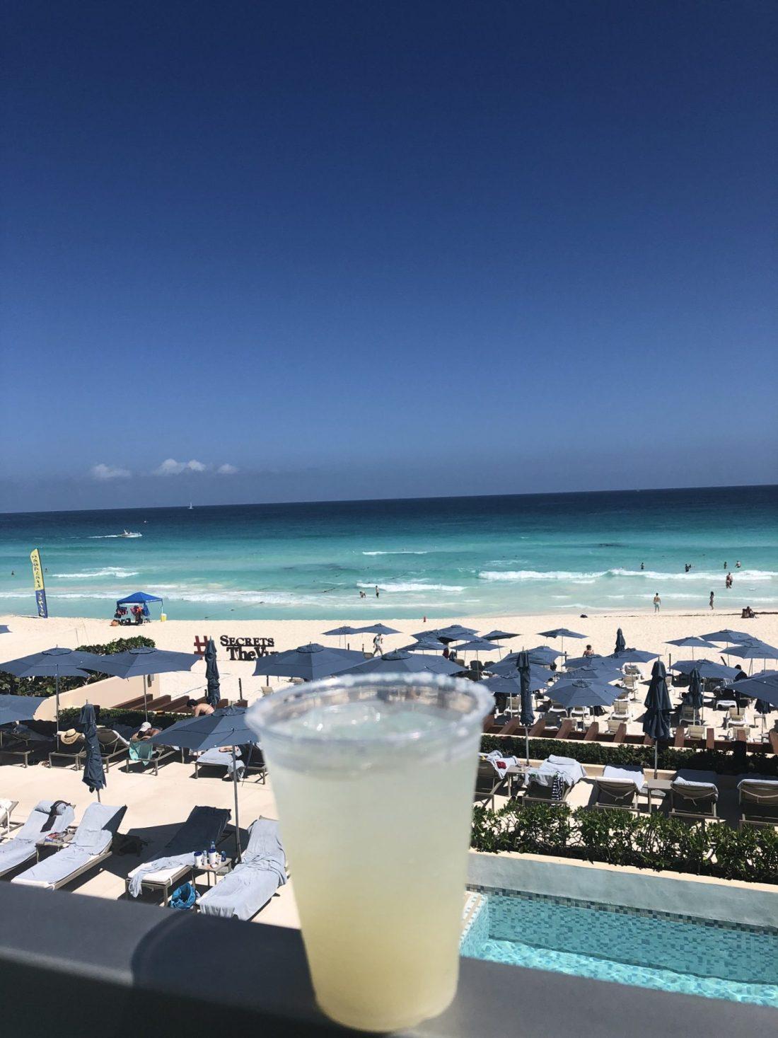 A margarita on the beach in Cancun