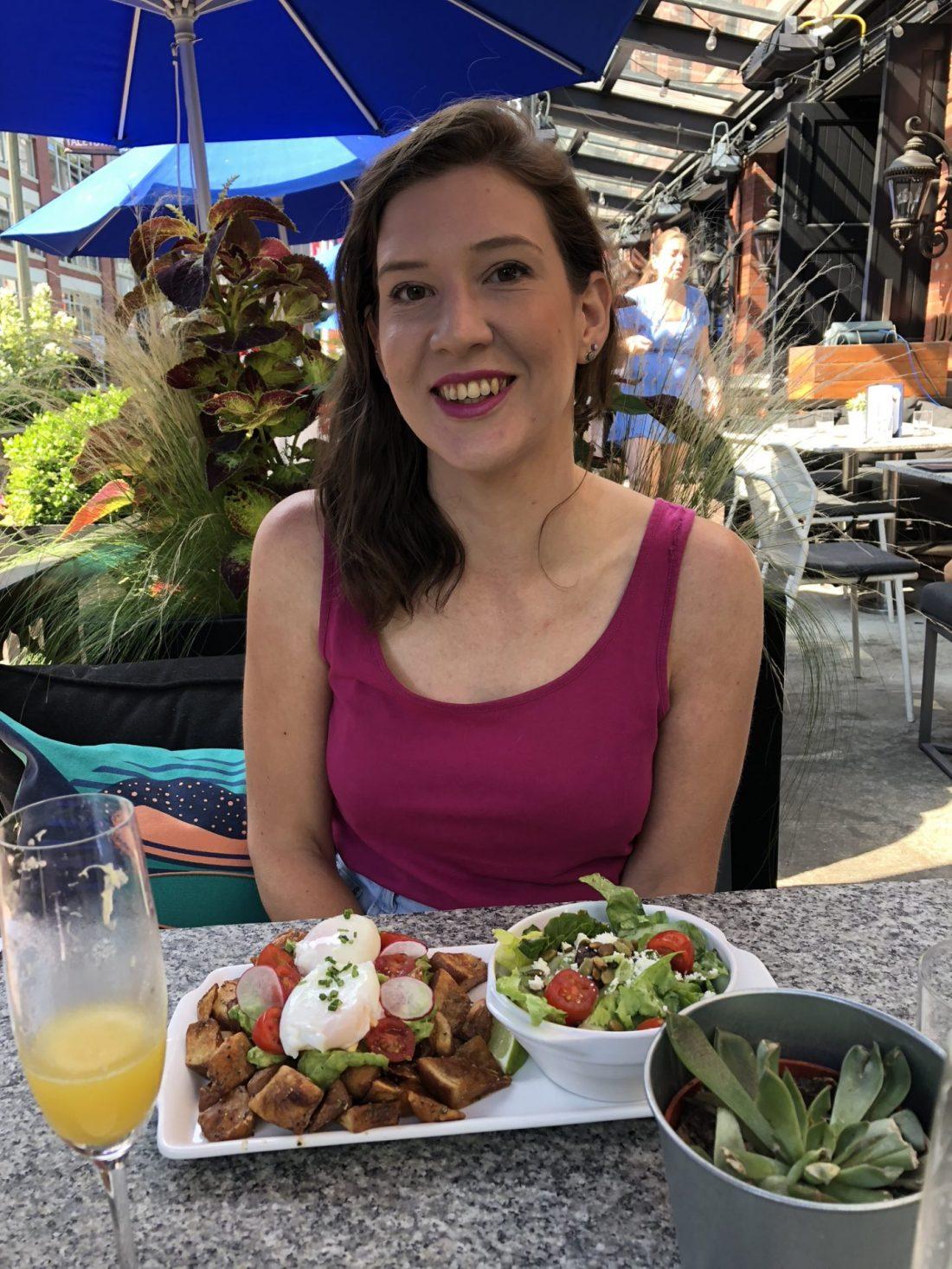 Best brunch in Vancouver: Earl's brunch happy hour