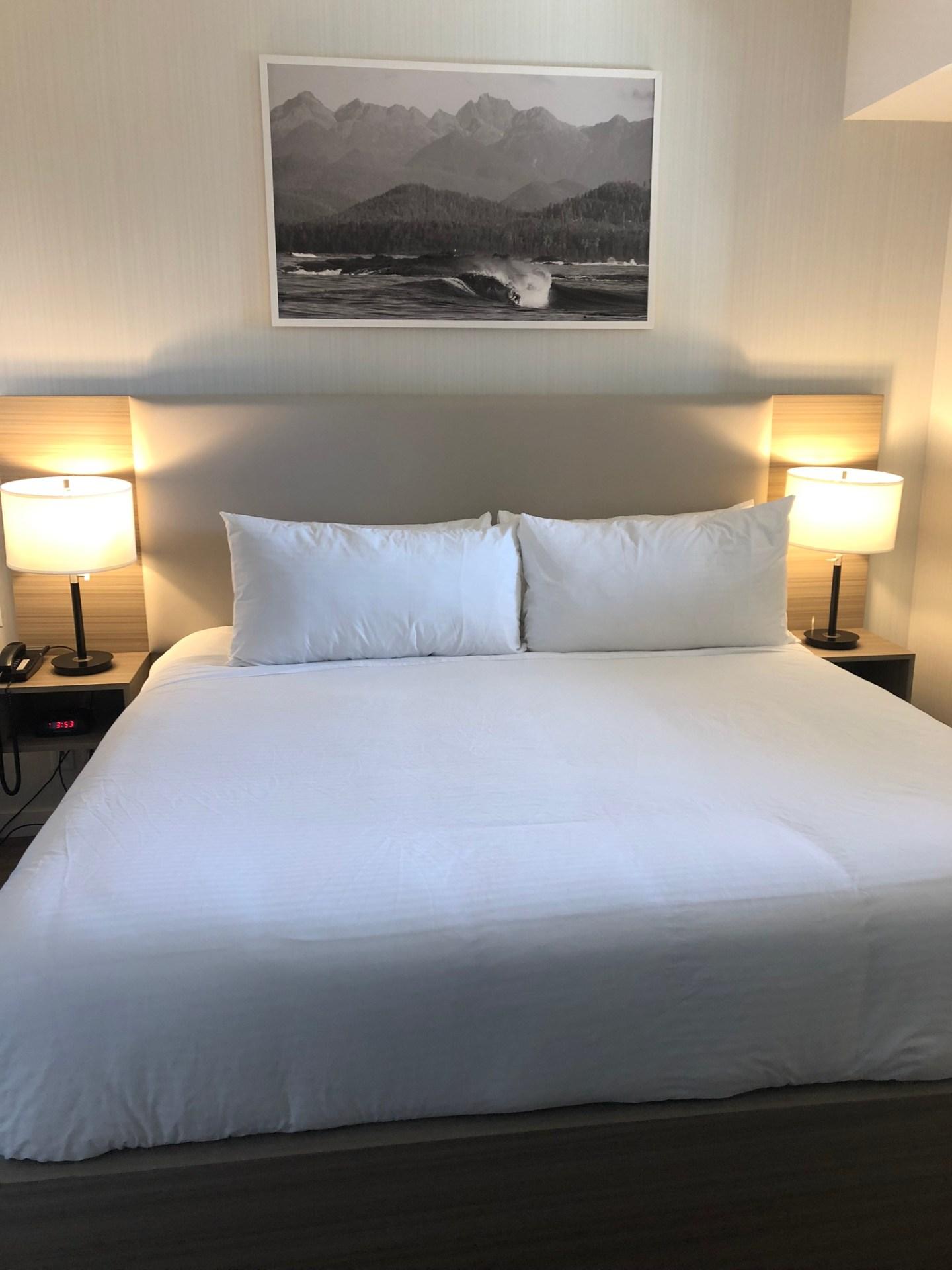 Bedroom of Pacific Sands Beach Resort, Tofino