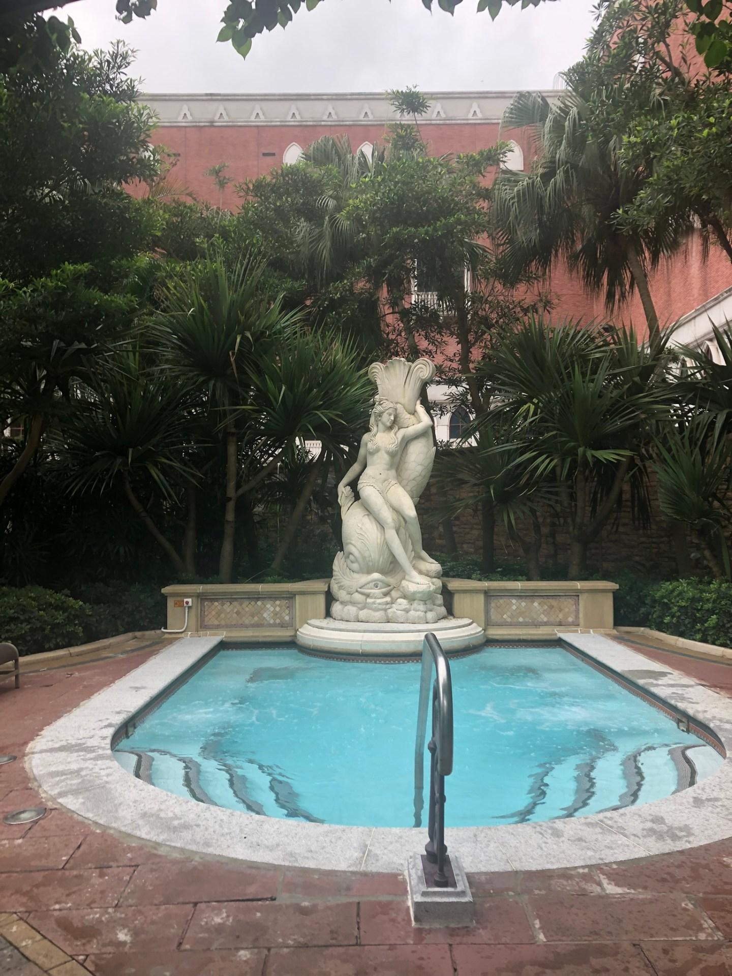 Jacuzzi at the Venetian Macau, Cotai Strip