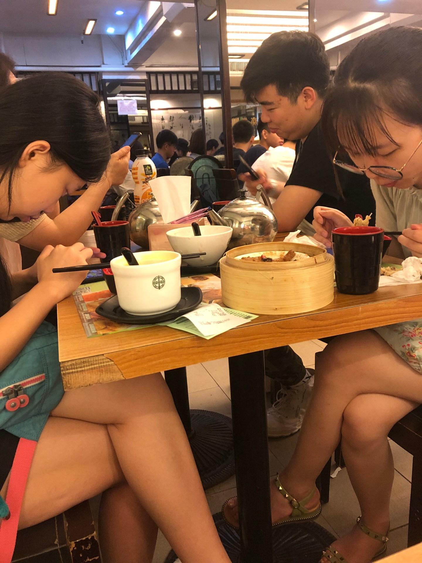 Diners at Tim Ho Wan, Hong Kong