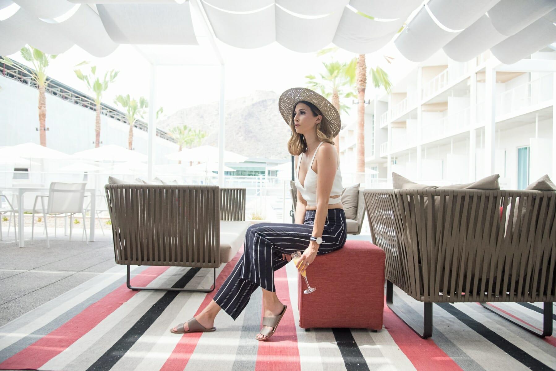 resort-style-classic-wear