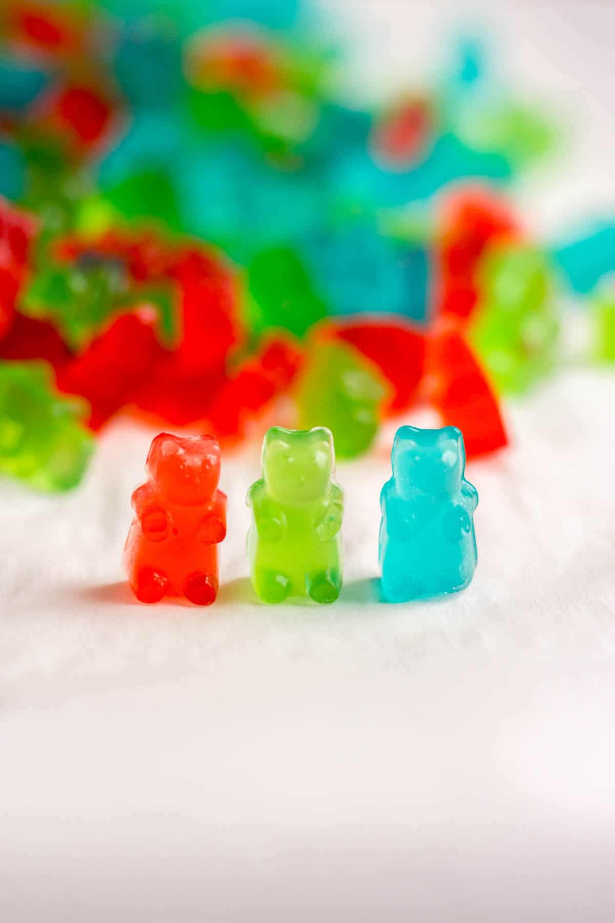 Pre-workout gummies are the perfect pre-workout pick me up! They're so easy to make and they will give you so much energy to get you through your workout. 3 ingredients and 5 steps are all you need to make this easy snack.