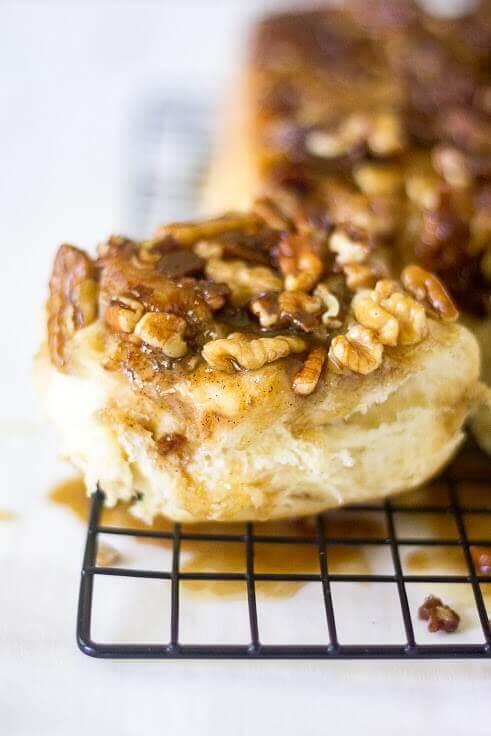 easy pecan sticky buns recipe