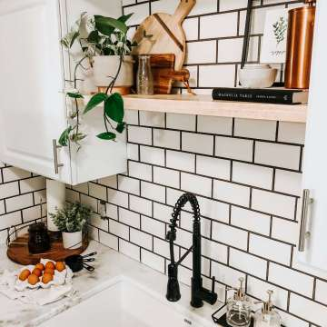 modern farmhouse kitchen update small