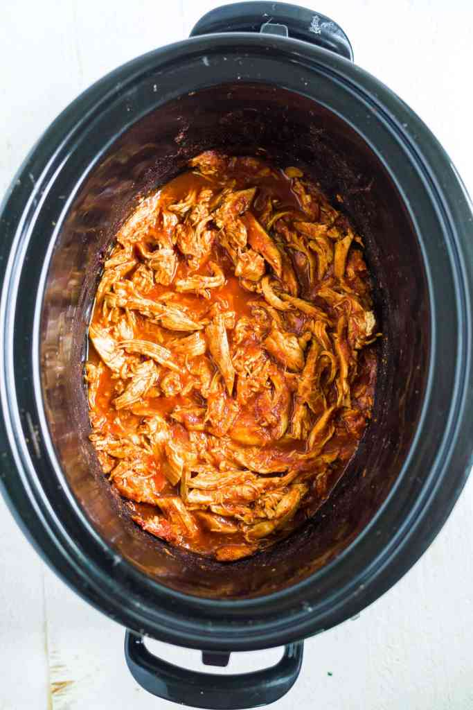 bbq pulled chicken in a crock pot