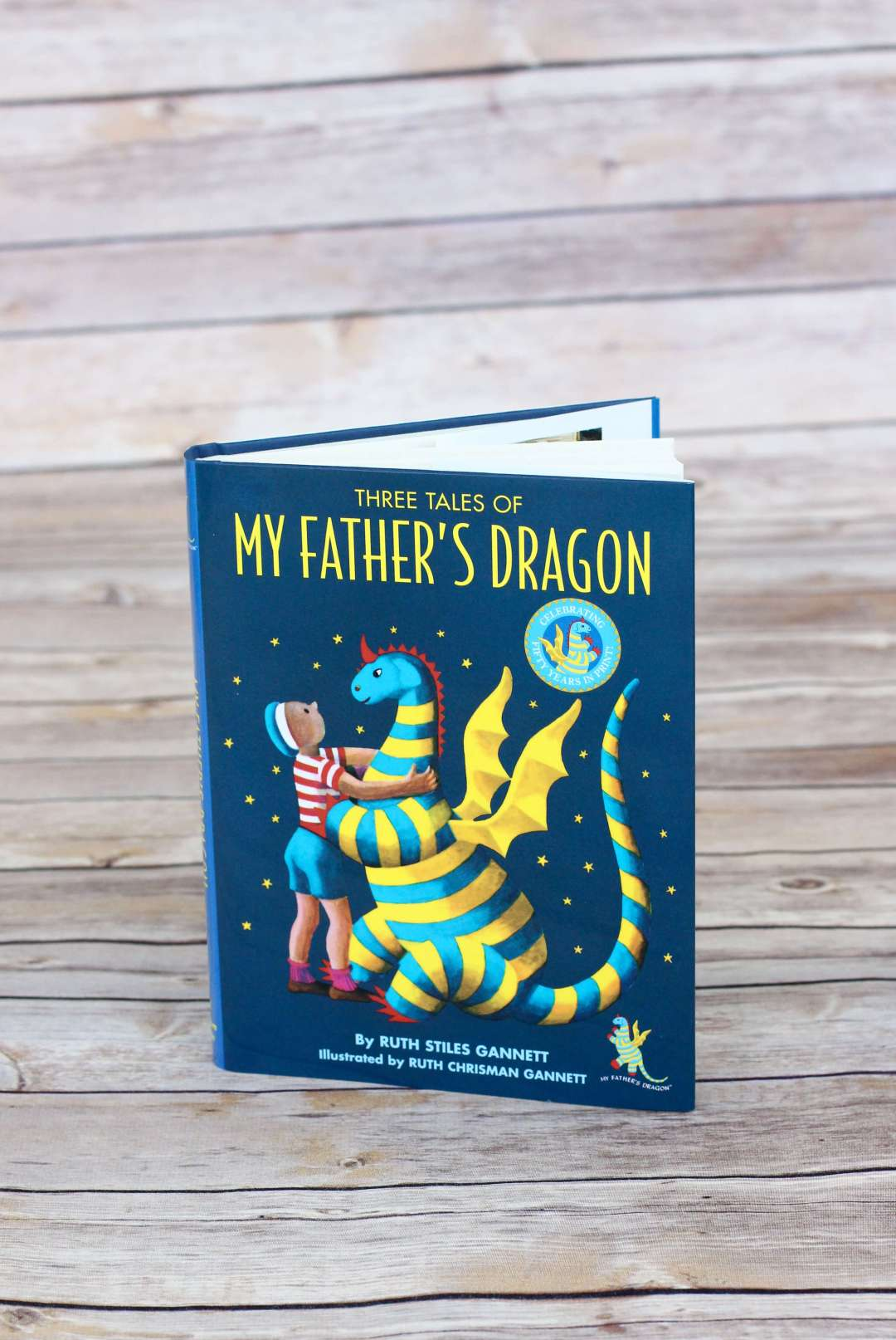 Three Tales of My Father's Dragon. First Chapter Book to Read Aloud to your preschooler or kindergartener