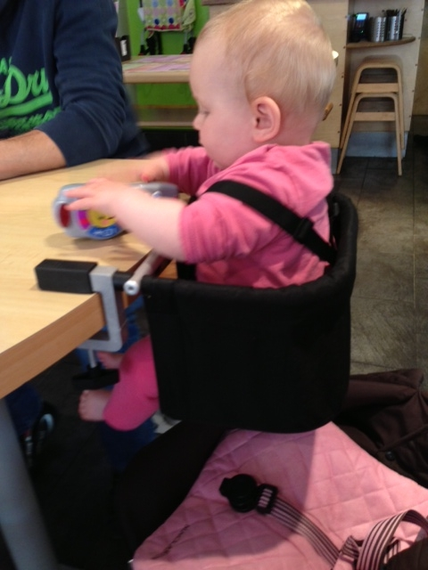 metoo portable high chair chairs for dining room set phil and teds me too highchair what mummy thinks after a trawl around the shops recently we decided to finish off our shopping trip with spontaneous meal out
