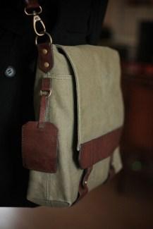messenger-bag-close-up
