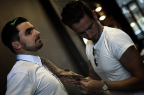 Me-styling-Andrews-tie