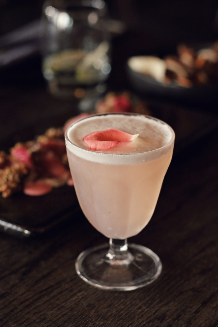 rose-water-pisco-sours