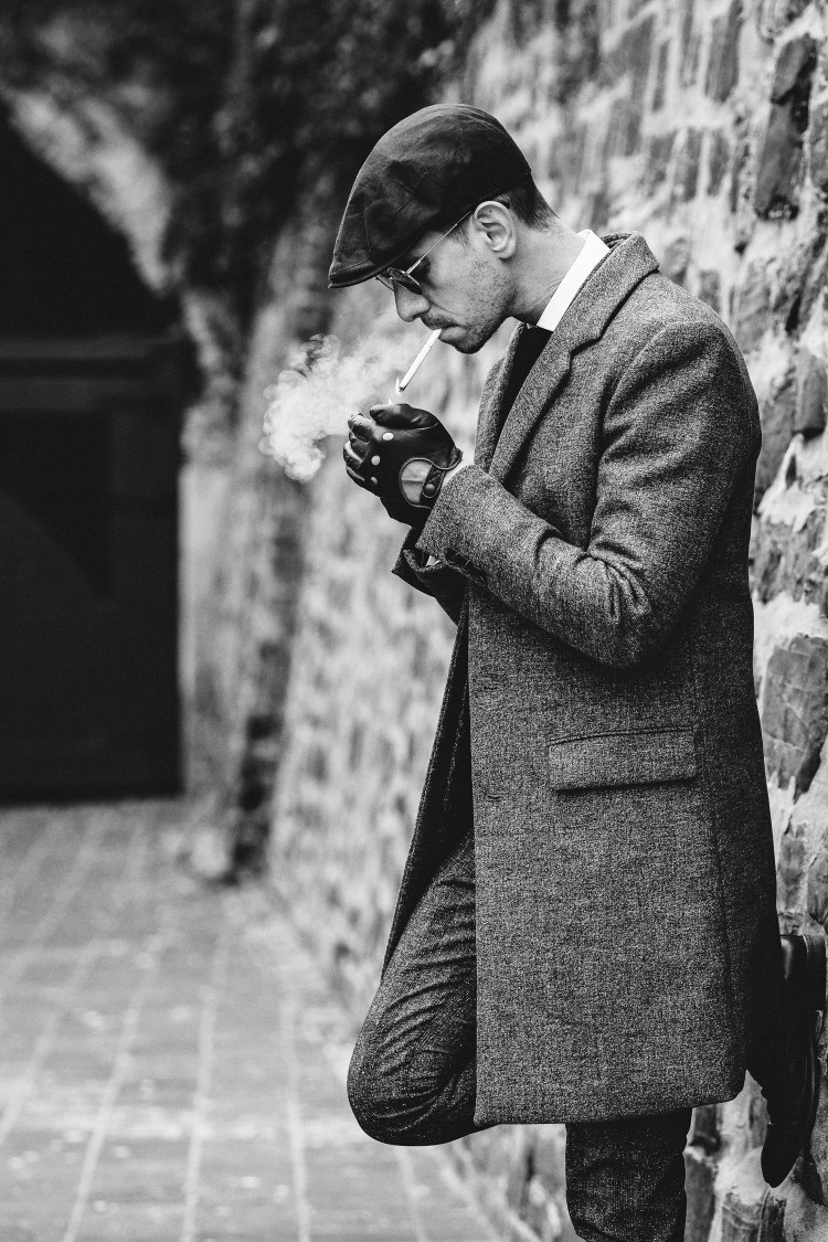 Peaky-Blinders-Style-1920's-Mens-Fashion-3-(B&W)