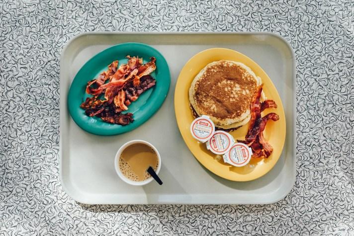 Breakfast-Bayliner-Diner-Cabana-Bay-Resort