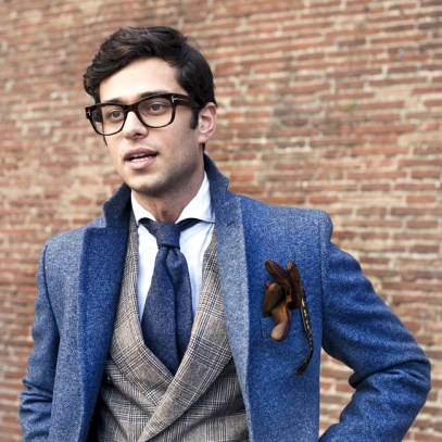 Glasses-Gloves-in-the-chest-pocket-are-omnipresent-note-the-summer-shirt-collar-with-winter-outfit