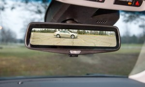 Inteligentne lusterka w samochodach Cadillaca