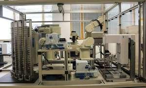 Niesamowita maszyna samodzielnie odkrywa nowy lek na malarię