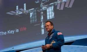 Astronauta chce brać turystów na wycieczki balonem stratosferycznym