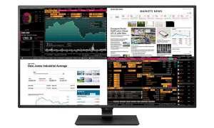 Nowy, 42-calowy monitor LG wyświetli obraz z czterech różnych źródeł na swoim ekranie