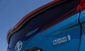 Subaru pracuje nad hybrydą plug-in zawierającą komponenty Toyoty Prius