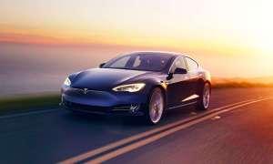 Tesla udostępni kod bezpieczeństwa swoich autonomicznych samochodów