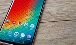 Samsung Galaxy S10 będzie w wersji z płaskim ekranem
