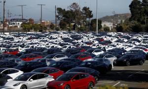 Sukces produkcyjny samochodu Tesla Model 3