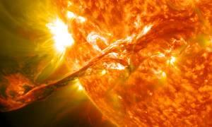 Niesamowita animacja ukazuje rozbłyski słoneczne