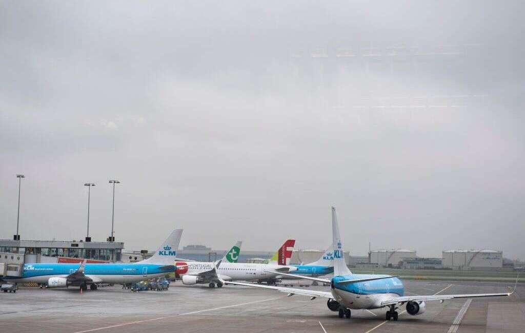 Nikt nie chce odebrać samolotu MD-87 na lotnisku w Madrycie