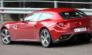 Praktyczność i przyjemność z jazdy – na to mogą liczyć nabywcy Ferrari FF