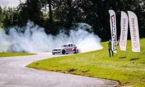 BMW z silnikiem V8 Mercedes-AMG z Gdańska zbiera spore zainteresowanie w sieci