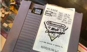 Warty krocie Nintendo World Championships 1990 znaleziony w stercie kartridży
