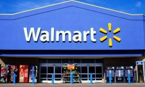Walmart ściąga brutalne reklamy, ale dalej sprzedaje broń