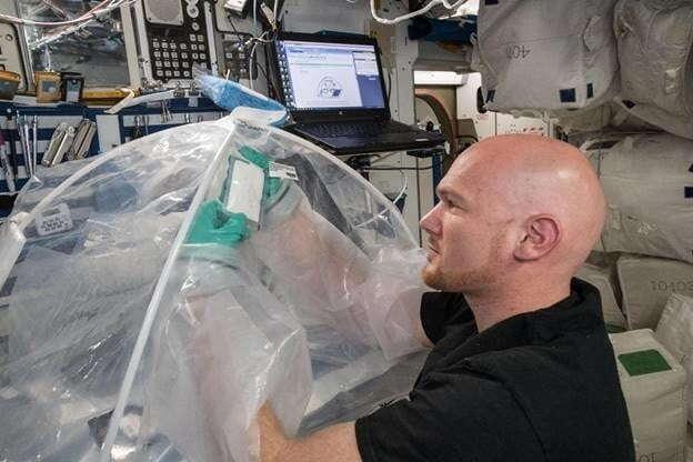 Astronauci sprawdzili, jak zachowa się beton stworzony w kosmosie