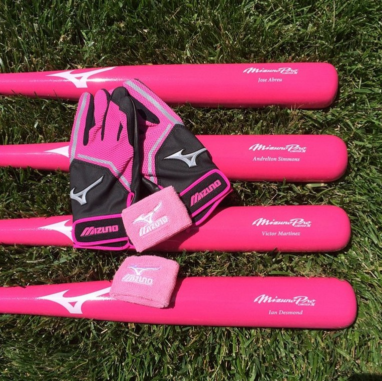 mizuno-pink-batting-gloves