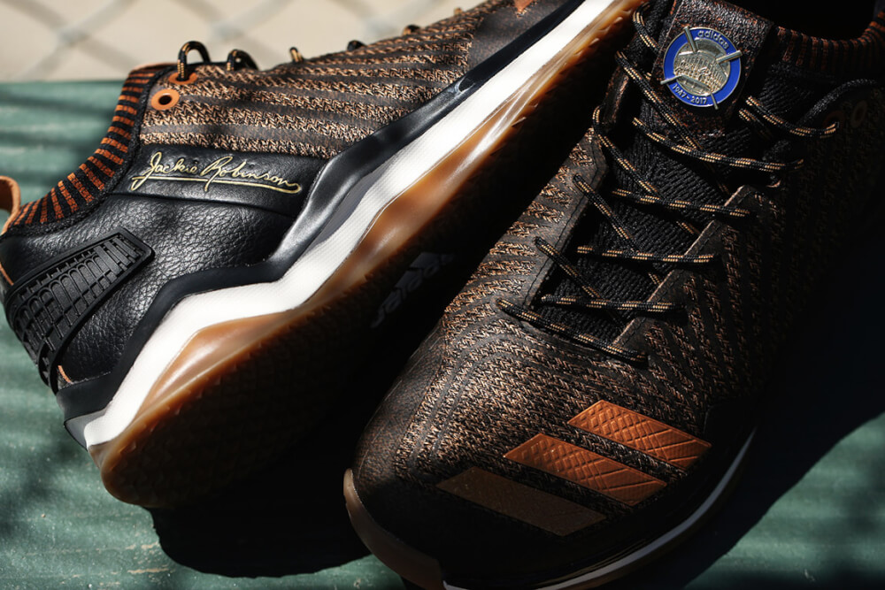 adidasBaseball_JackieRobinson_IconTrainer_2