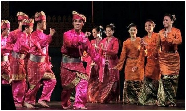 What is The National Dances of Brunei?