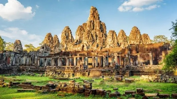 11 Tourist Destinations In The World To Visit