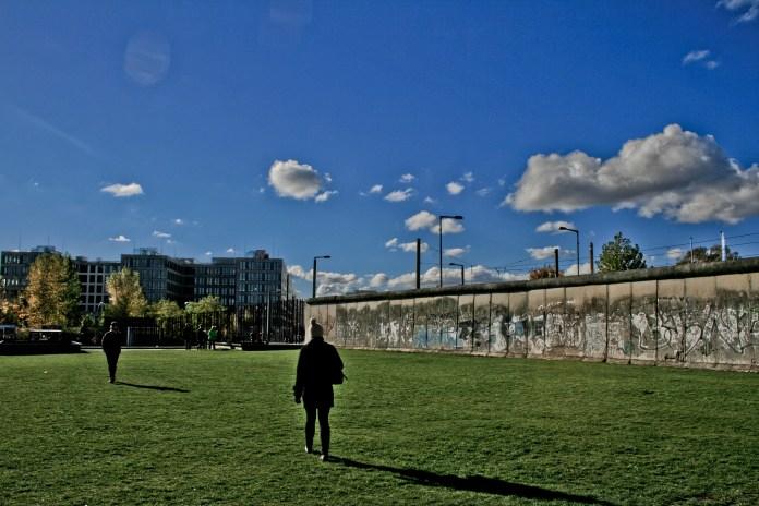 Berlin Wall - Rach