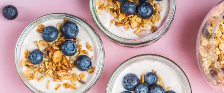 best foods for cold season: yogurt with blueberries and granola
