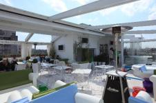 skybar-by-day
