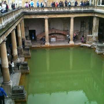 Roman Baths: Touristing in Bath!