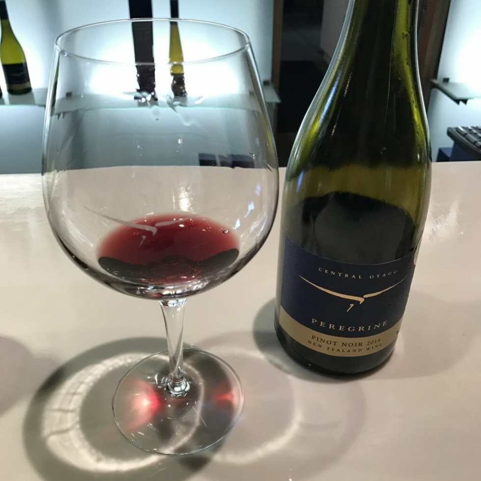 Wine tasting in Central Otago, New Zealand on What's Katie Doing? blog