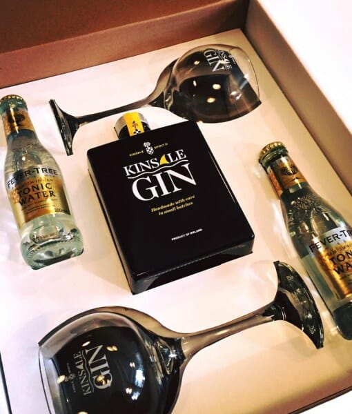 Gin gift guide on What's Katie Doing blog? gifts for the gin obsessed in your life!
