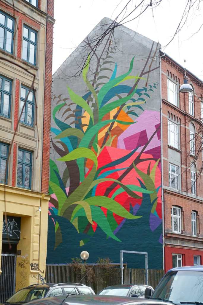 5 storey mural on the side of a building