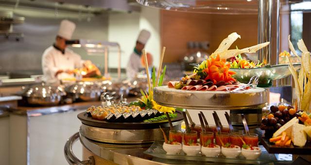 Shores-all-day-dining-restaurant---Ramada-Plaza-Jumeirah-Beach-Residence-(2)