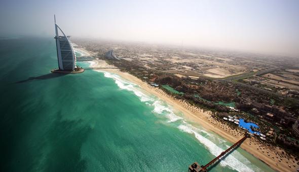 burj-al-arab-beach